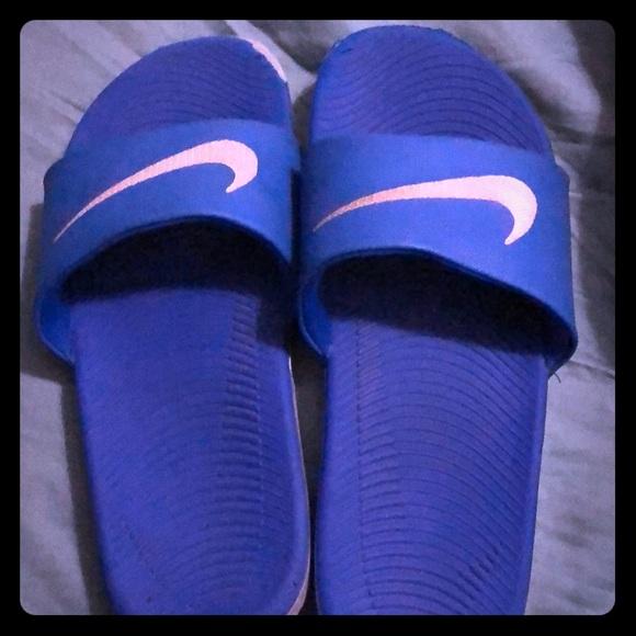 50cc89add4019 Nike Boys Slide shoes. M 5c5f7345534ef97ec2c374b1